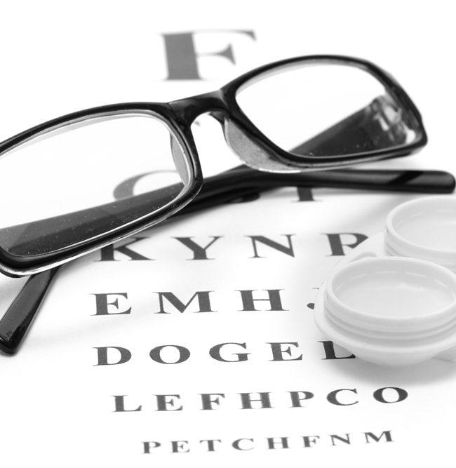 Gleitsichtbrillen und Kontaktlinsen